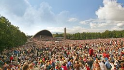 To Breathe as One - The Estonian National Song Festival